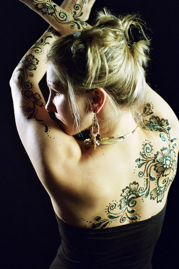 11 henna body art pictures 16