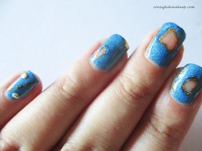 nail art blue jeans