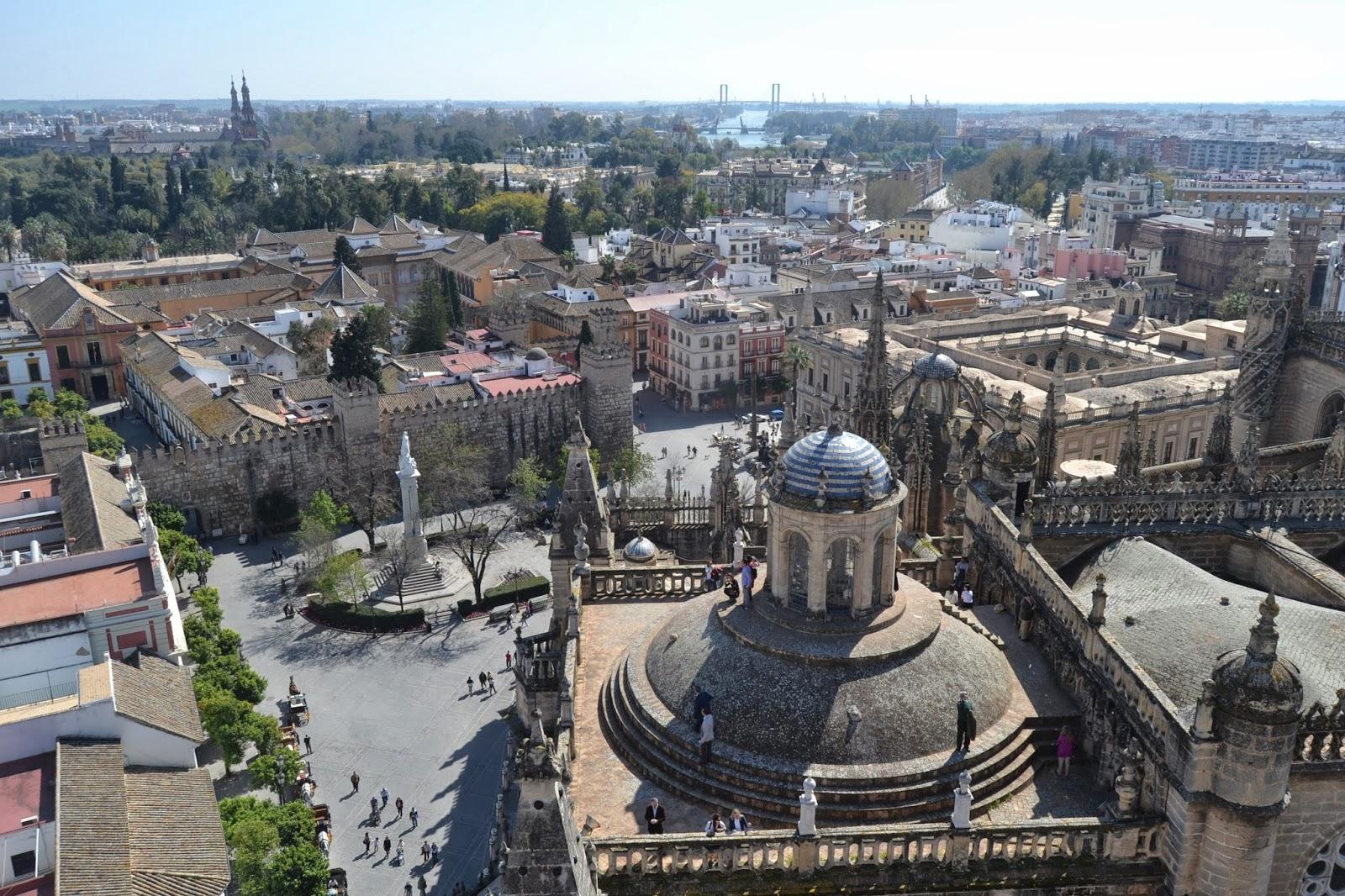 parte superior acompañante del hotel paseo en Sevilla