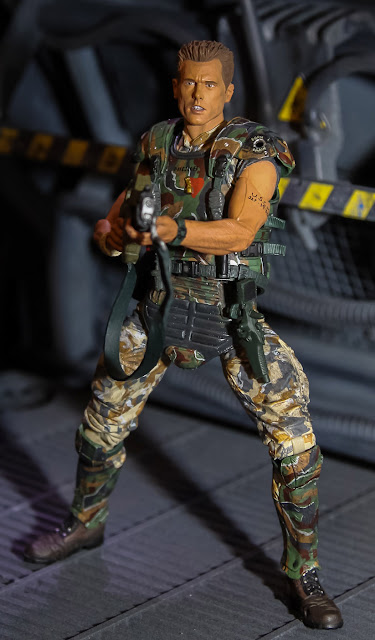 NECA 2013 Toy Fair Display Pictures - Aliens figures