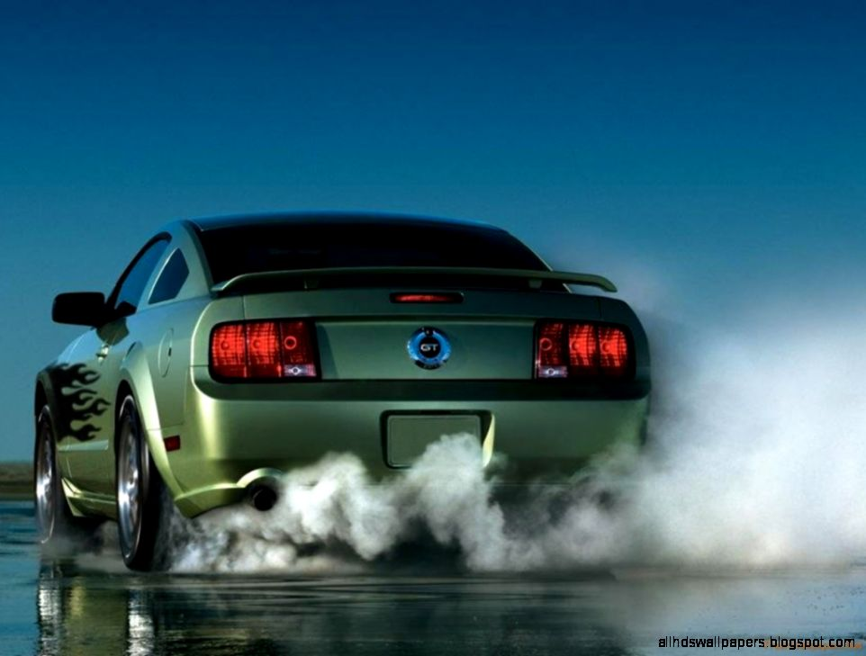Ford Mustang Burnout Wallpaper