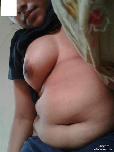 south indian big boobs sexy maid aunty enjoy   nudesibhabhi.com