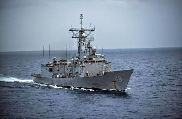 Military News - Navy warship reaches sailboat carrying ill toddler
