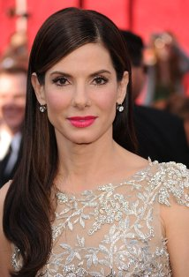 'Gravity' star Sandra Bullock says being a mom has made her less selfish