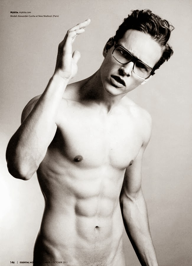 alexander in spectacles for essential homme