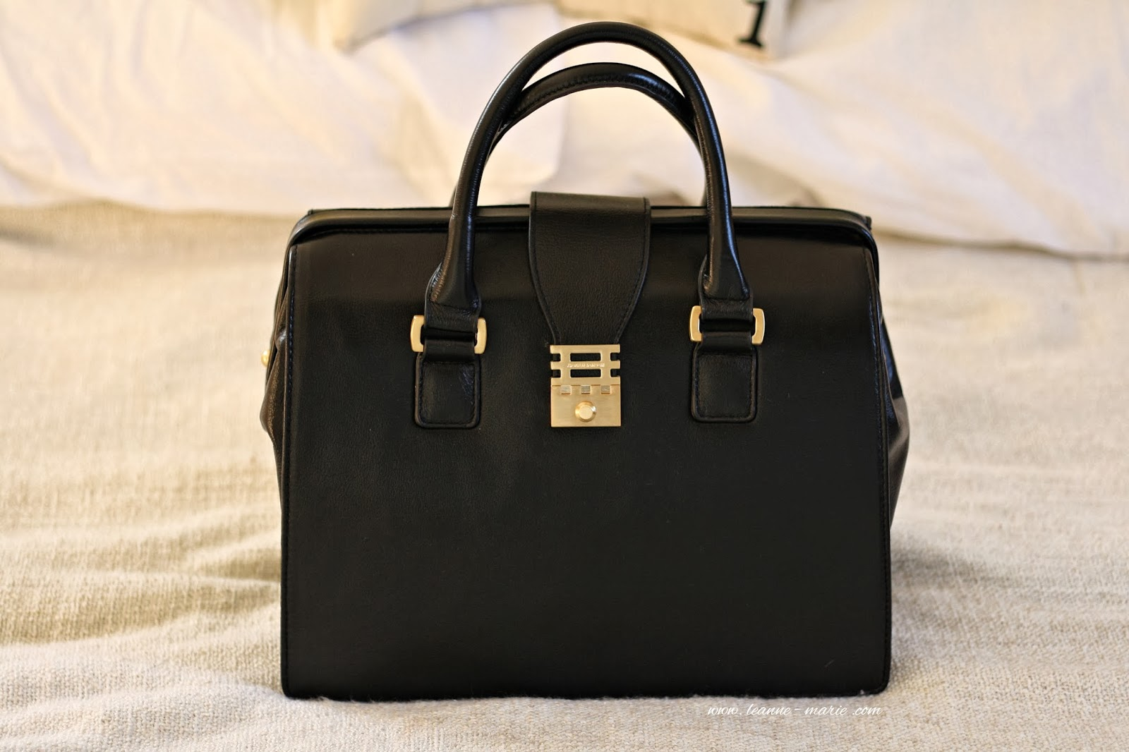 The Eleanor Doctor Style Tote From Florian London You May Have Seen This Bag Pop Up And A Of Past Outfit Posts
