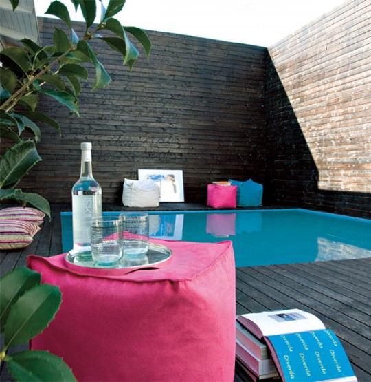 Decorar el rea de la piscina ideas para decorar dise ar y mejorar tu casa for Swimming pool entertaining areas