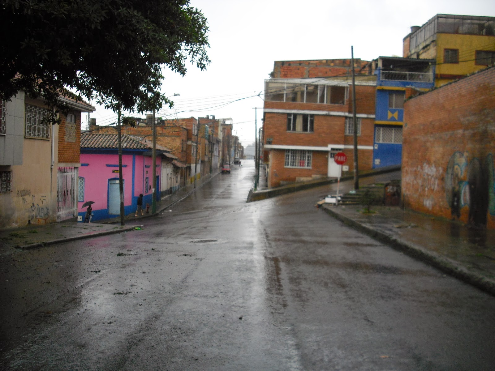 Entering one of Bogotá's 'darker sides', La Perseverancia