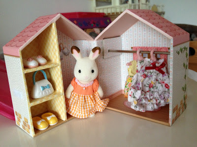 Sylvanian Families Club Membership Renewal Gift Peppermint Chocolate Rabbit Dresser Box