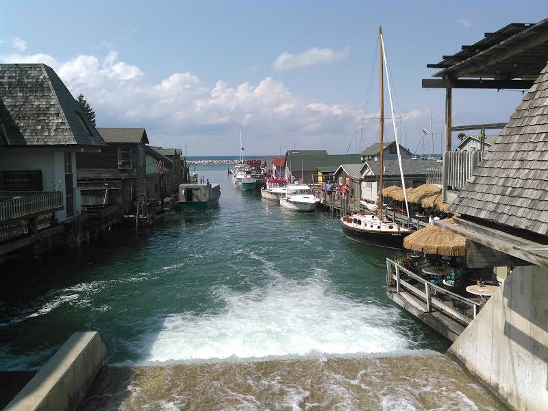 Fishing for answers in fishtown leland michigan for Lake leelanau fishing