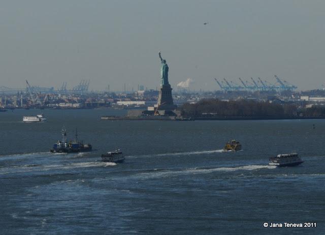 Seen from NYC Brooklyn Bridge