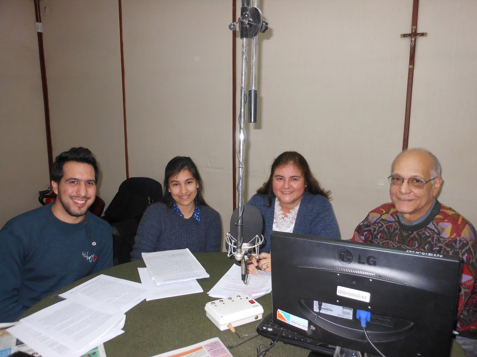 RADIO UNNE - Alumnos de Administración