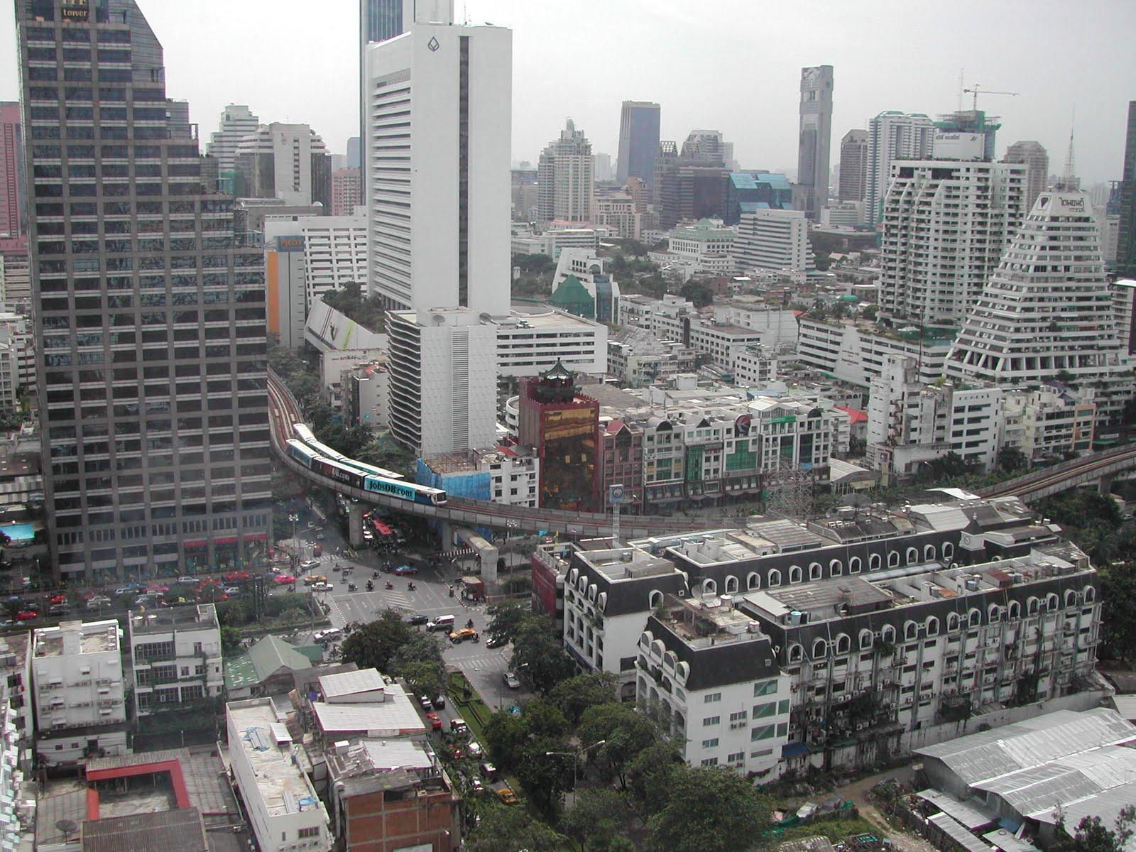 http://3.bp.blogspot.com/-K05557ii0J8/TZBZqzAFioI/AAAAAAAAAww/IHXlJqyjzQE/s1600/Bangkok_city.jpg