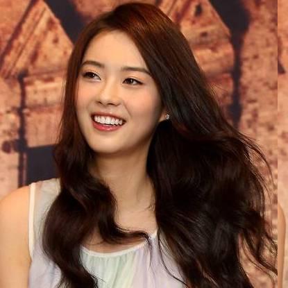 Go Ara Hot Photos  Actress from South Korea wallpapers