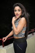 vriti khanna photos at calling bell success meet-thumbnail-16