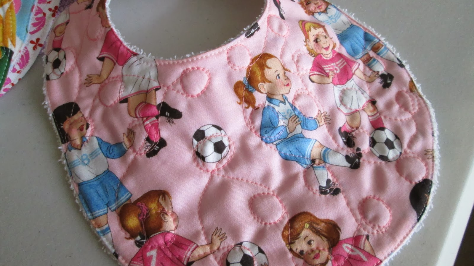 Free Patterns For Quilted Baby Bibs : Threading My Way: Free Baby Bib Patterns, Tutorials and Ideas...