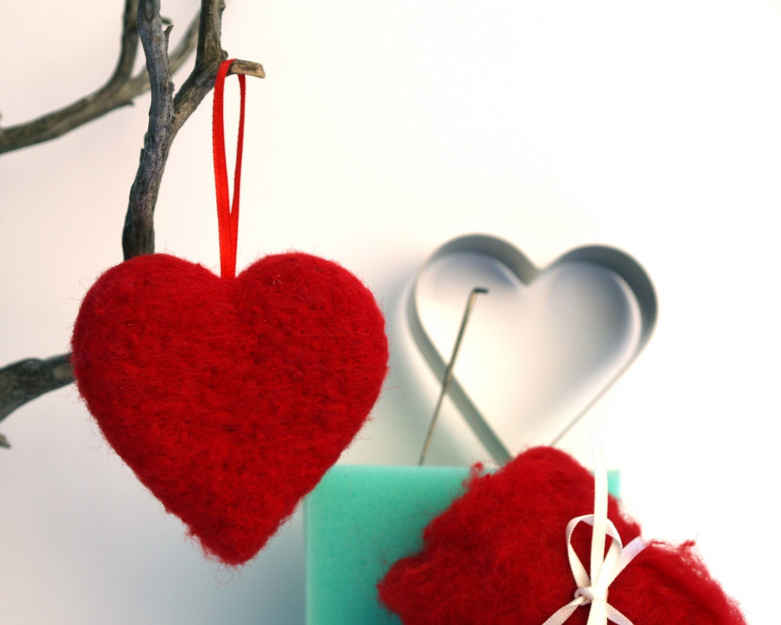 tutorial needle felted hearts for valentine u0027s day the magic