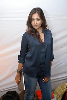 Actress Madhushalini Hot Spicy Photo Gallery