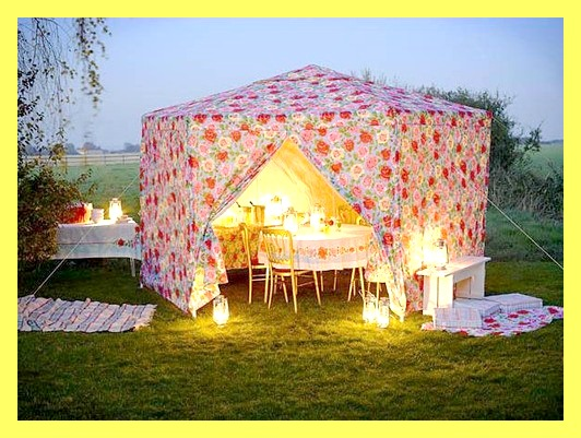 An amazing Cath Kidston fabric tent- what a fun and cute c&out spot! & STREET SCENE VINTAGE: Vintage DIY: Picture-Perfect Porches