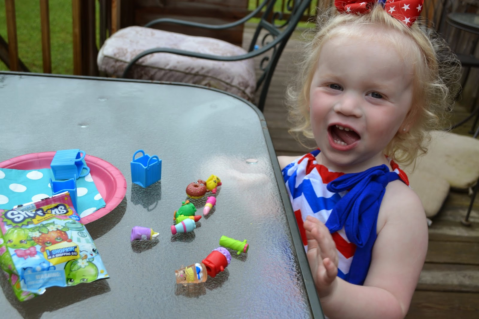 shopkin7 Shopkins Summer Playdate   What a great day with new collectible and a  Shopkins prize pack giveaway!