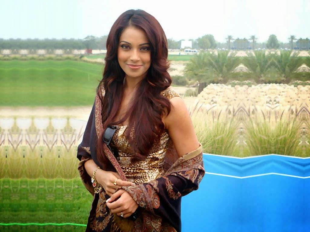 Bollywood actress bipasha basu high resolution photo