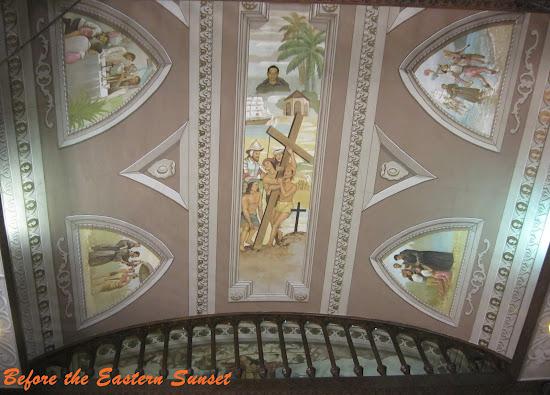 Zoom in of ceiling of Basilica Minore del Santo Nino