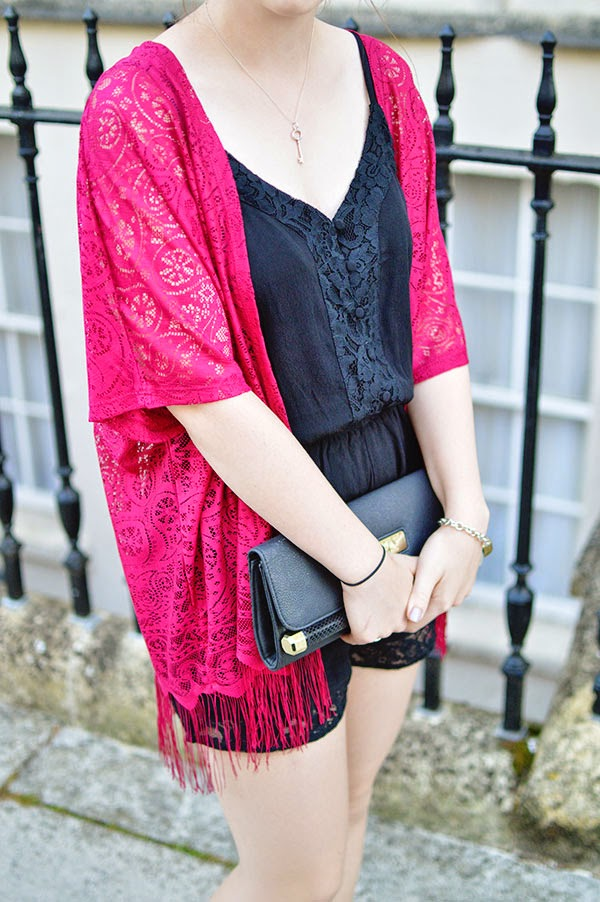HOW TO WEAR RASPBERRY LACE KIMONO