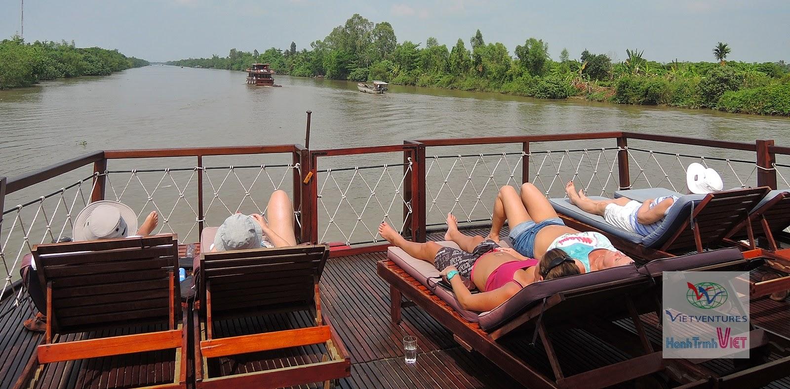 Khám phá tour ngủ đêm trên tàu ở Mekong