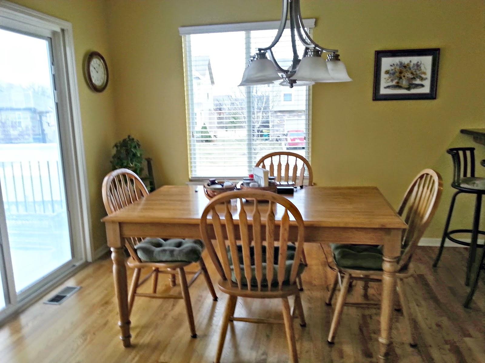breakfast room in gardner ks home, Gardner real estate