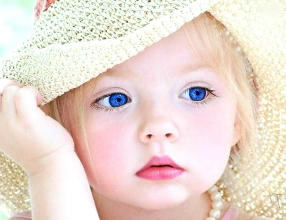 cute baby wallpapers | Nice Pics Gallery