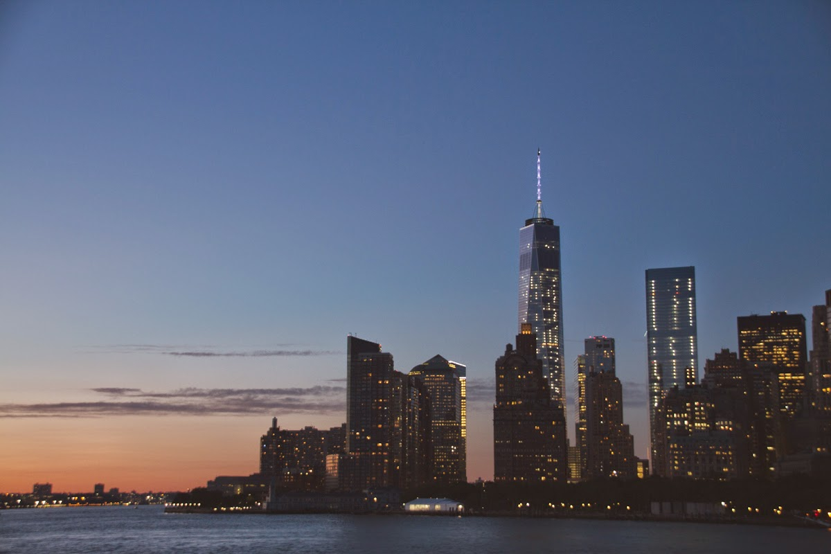 lower manhattan skyline sunset