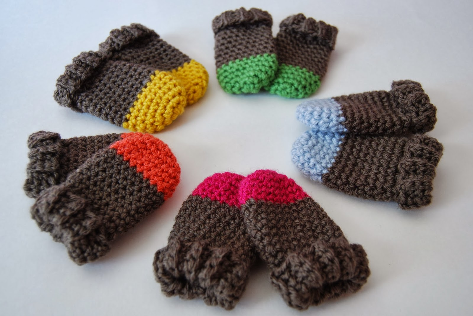 Crochet Mitten Pattern : ... pattern. A link back to the pattern in your listing would be greatly