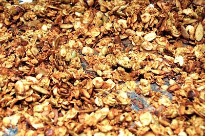 Pumpkin Almond Granola | www.kettlercuisine.com