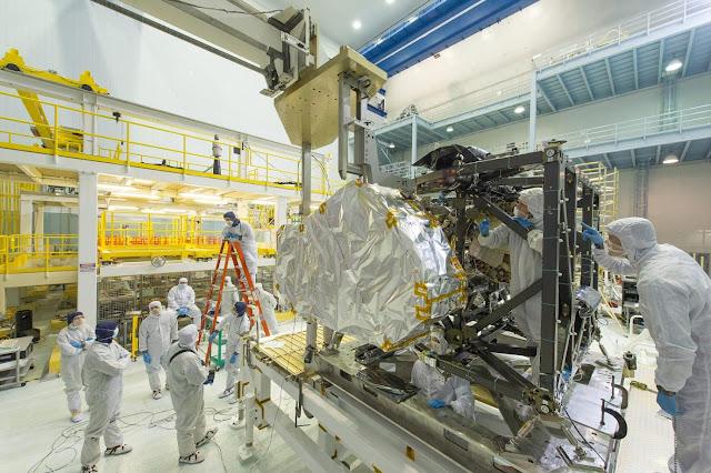 Instalación telescopio espacial James Webb