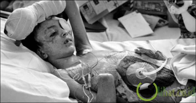 Anak laki-laki ini bernama Saleh Khalaf