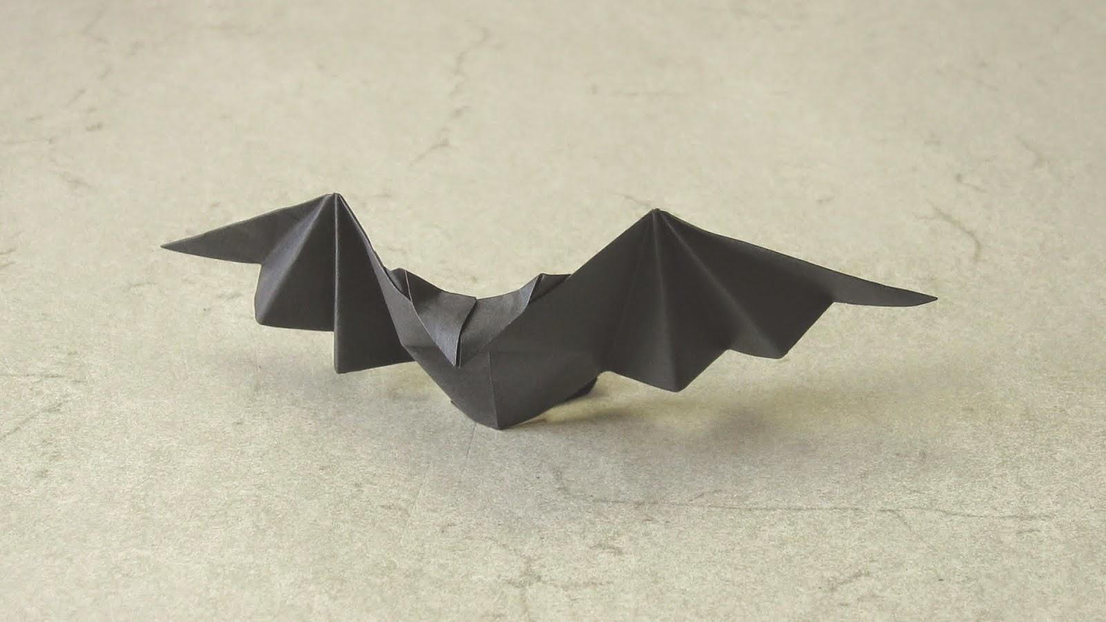 Как сделать из бумаги летучую мышь видео