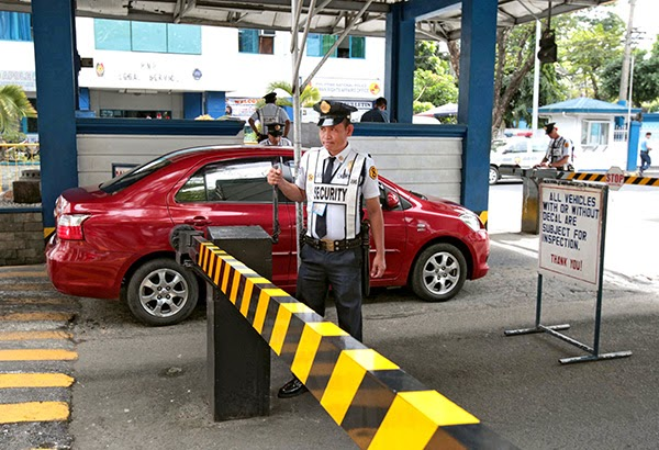 No more 'men in blue': Security guards take over Camp Crame