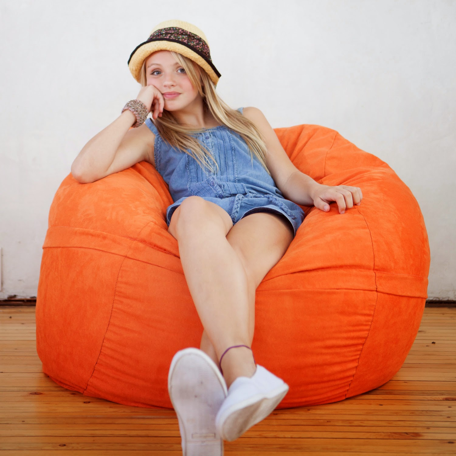 321412557636 likewise Photo likewise 8 Foot Giant Foam Filled Bean Bag like Lovesac moreover Cheap Large Bean Bag Chairs in addition Gaming Chairs. on huge bean bag chair covers