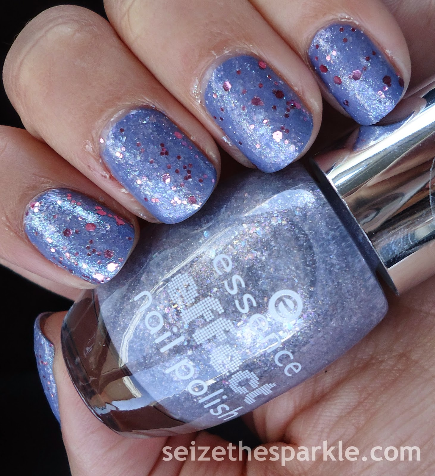 Essence Rock My World Layering Mani