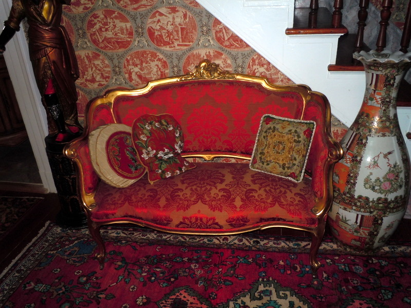 My old historic house canapes 39 sofa lounge divan tete a for Divan in french
