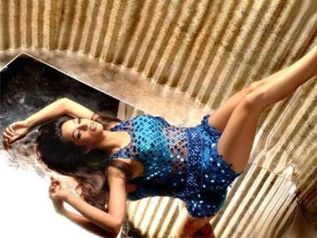 Mallika Sherawat's Curvicious Body Exposed in her tight Blue Mini Skirt long sexy waxed hot legs