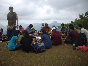 Lunch at the peak of Prabalgad fort.