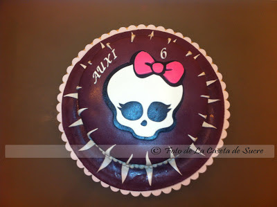 tarta monster high 1