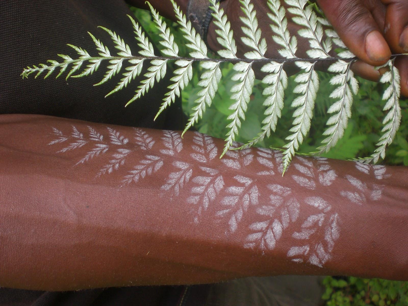 tatouage haut du bras homme - Tatouage Homme Facebook