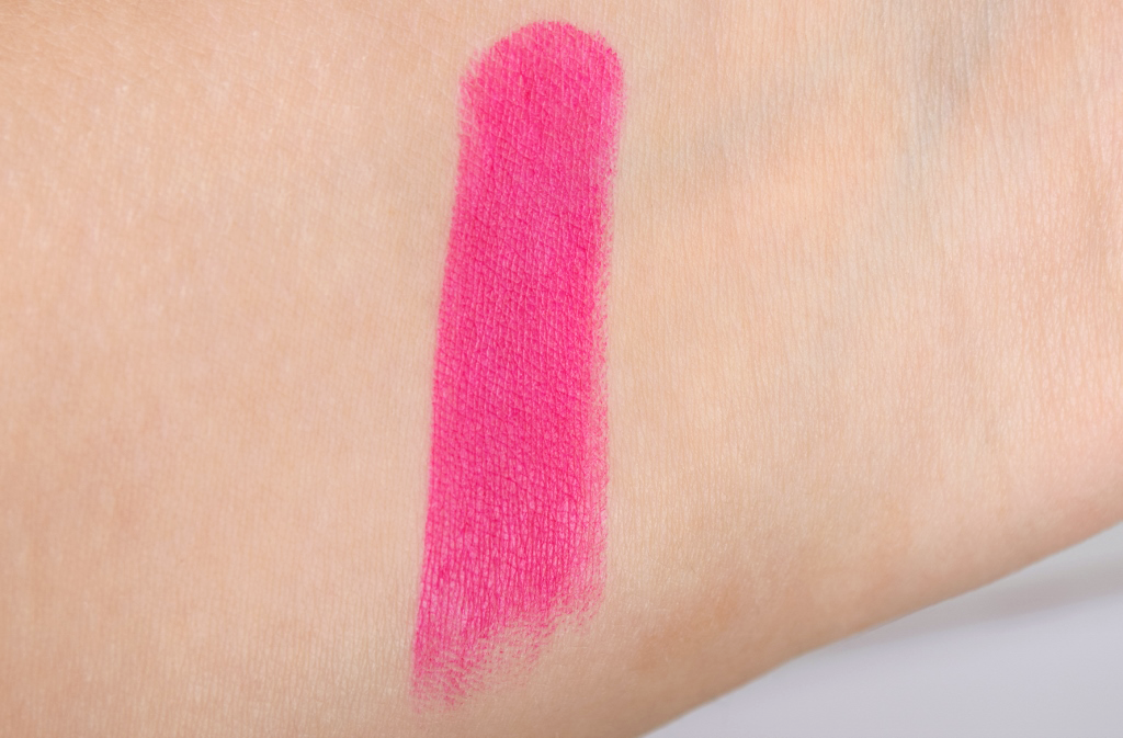 The Hot Shop Matte Lipstick Review Shade 10 Swatch