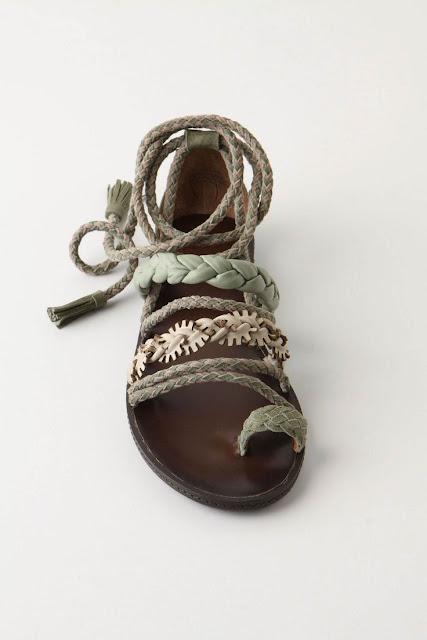 Weaver Finch Sandals
