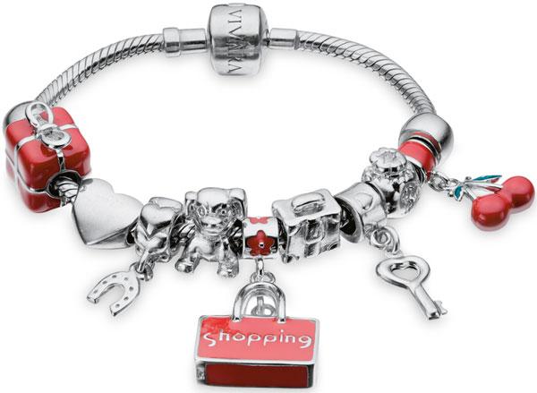 Além, é claro, de a tal pulseira ser de uma feminilidade linda, o