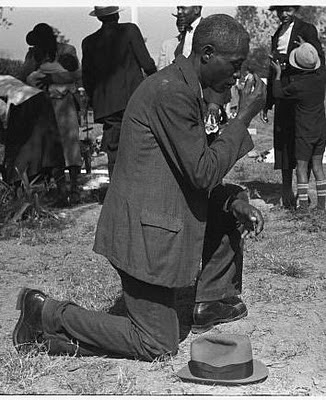 [Image: African-American-Praying.jpg]