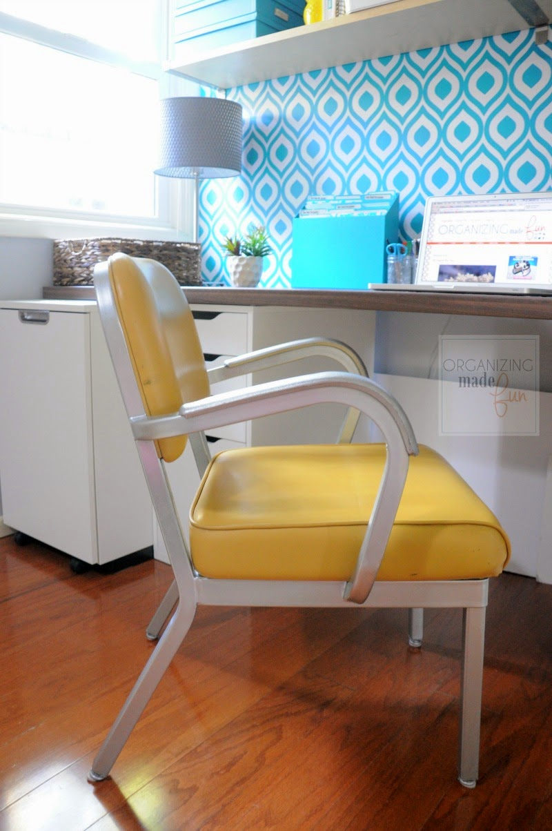 Vintage chair in this amazing home office :: OrganizingMadeFun.com