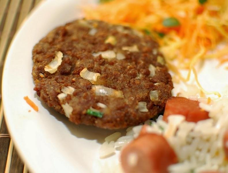 Hambúrguer de Soja com Alho-Poró (vegana)